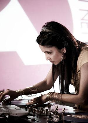 DJ Kayper sepia1.jpg