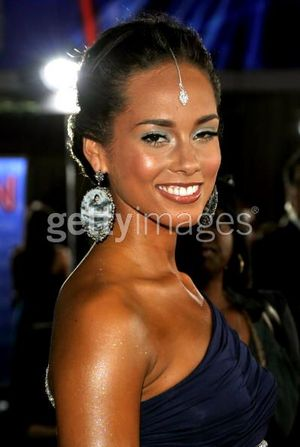 Alicia Keys AMA getty images.jpg
