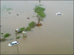 bombay flood.jpg